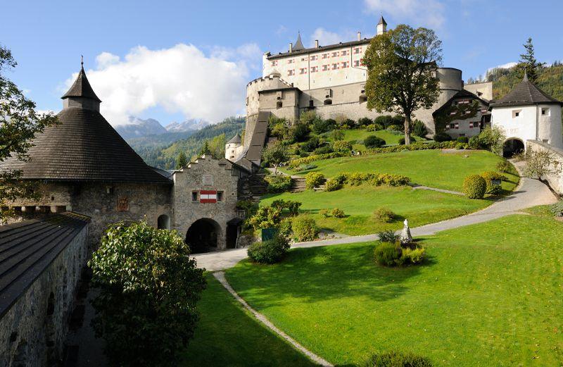 Hotel Grafenwirt - Burg Hohenwerfen